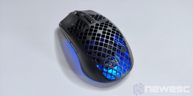Aerox3 Wireless Top