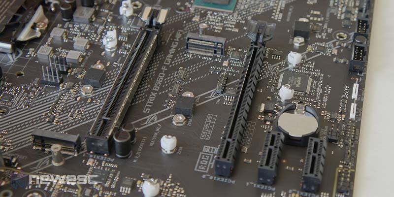 Asus ROG Strix B560 F Gaming WiFi 13