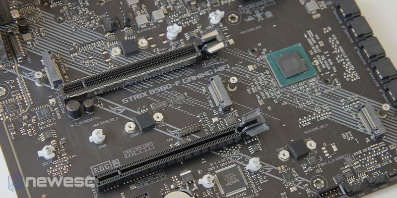 Asus ROG Strix B560 F Gaming WiFi 15