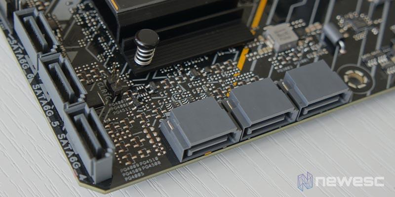 Asus TUF Gaming B560M Plus 11