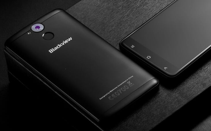 Blackview P2 diseño