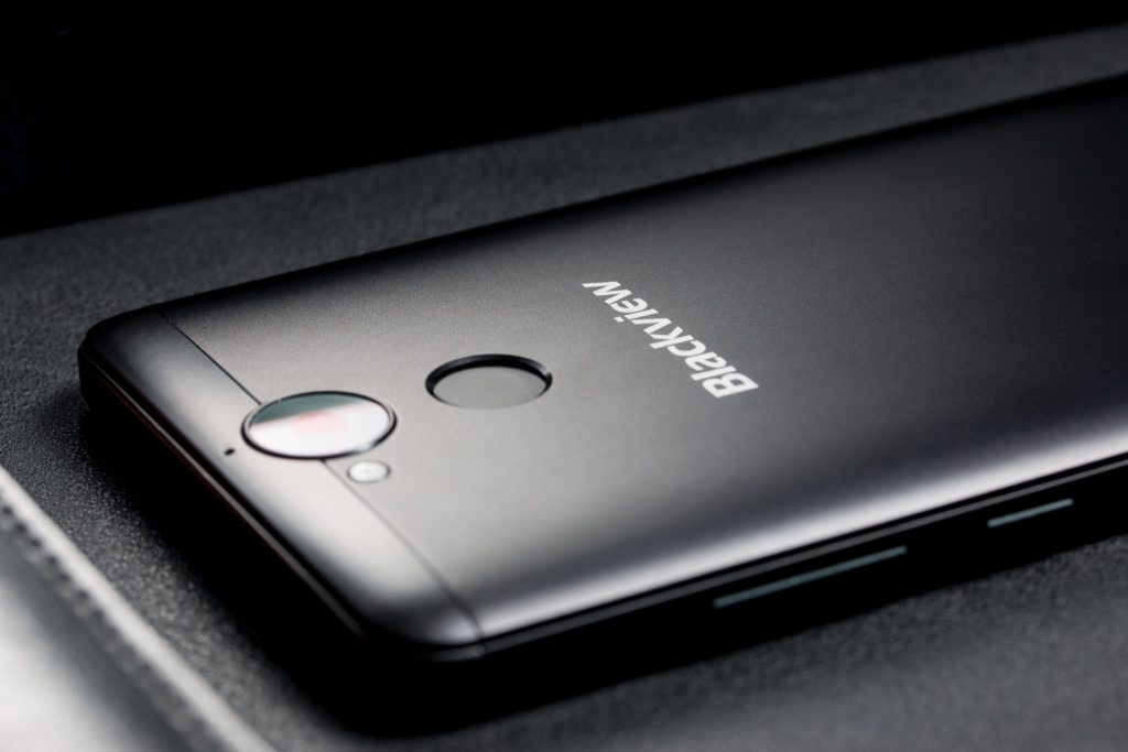 Blackview P2 lector de huellas