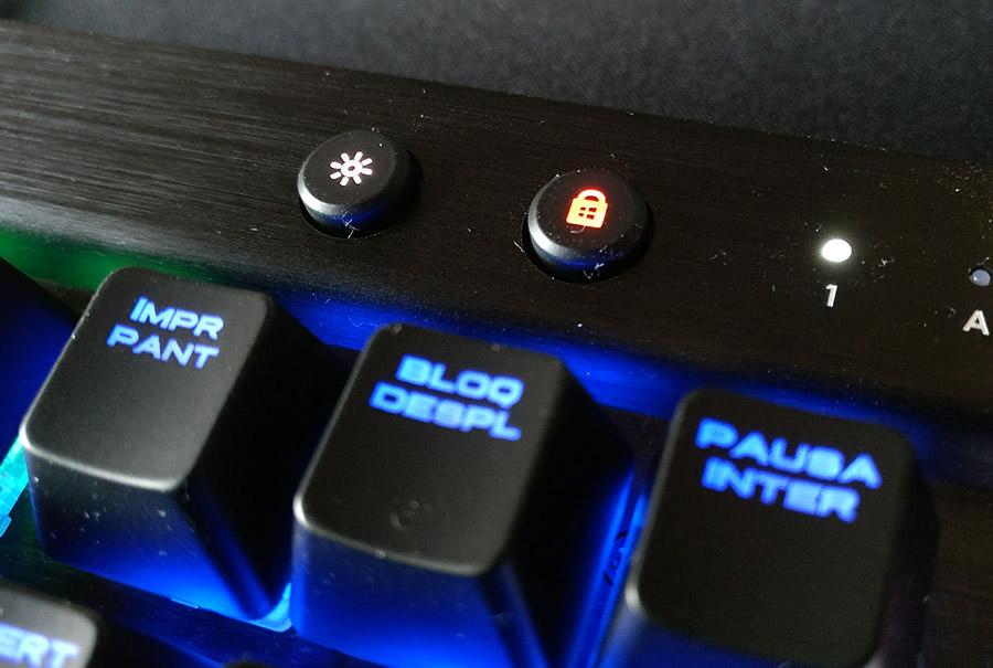 botones-rendimiento-corsair-k70-rapidfire-newesc
