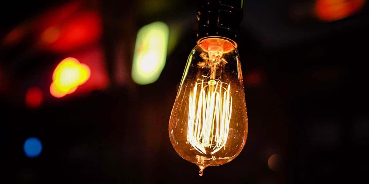 Guia para ahorrar luz en la factura de la luz en 2017 - Trucos ahorrar luz ...