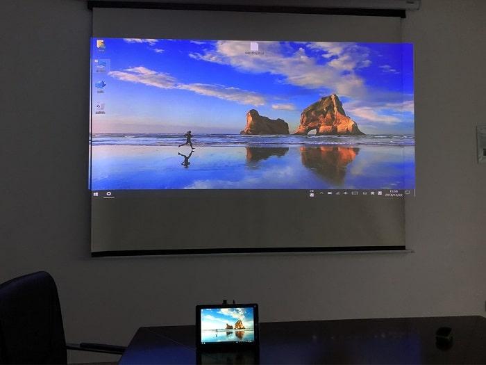 Conexión de CHUWI Hi10 Air a proyector