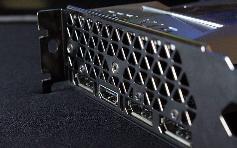 Conexiones Nvidia 1080 Ti Founders Edition NewEsc