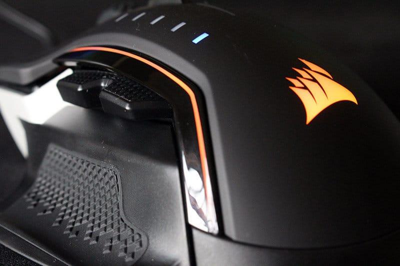 Detalle botones Review ratón Corsair Glaive RGB NewEsc
