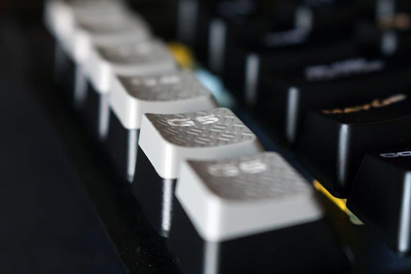Detalle macros Corsair K95 RGB Platinum NewEsc