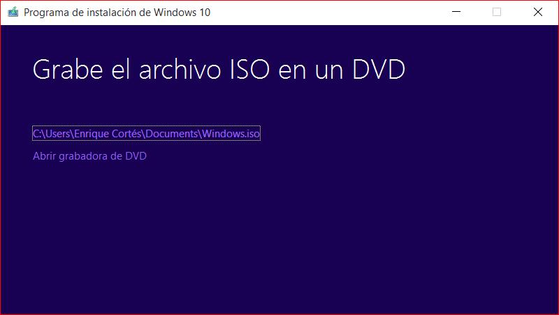 Grabe su licencia en su DVD o USB
