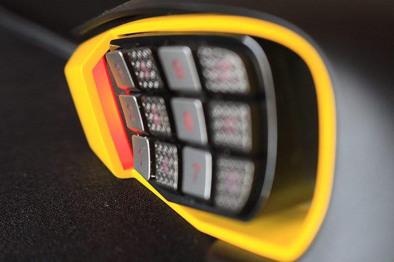 LED izquierdo Corsair Scimitar Pro RGB NewEsc (FILEminimizer)