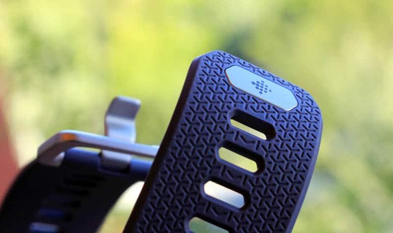 NewEsc Review Fitbit Ionic detalle correa