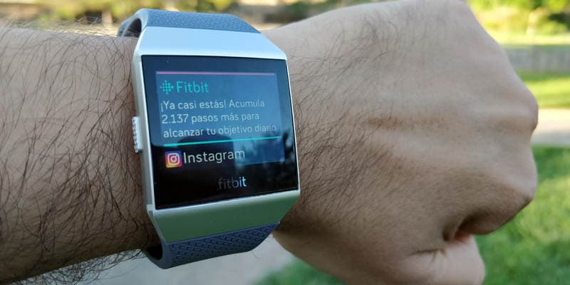 NewEsc Review Fitbit Ionic notificaciones