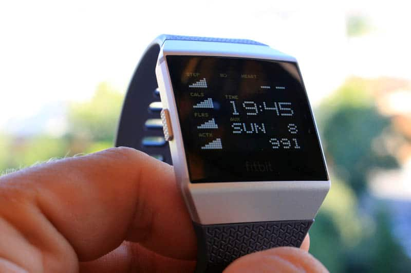 NewEsc Review Fitbit Ionic pantalla