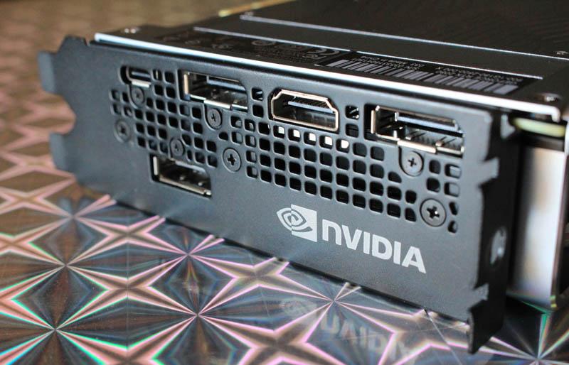 NewEsc Review Nvidia GeForce RTX 2080 puertos