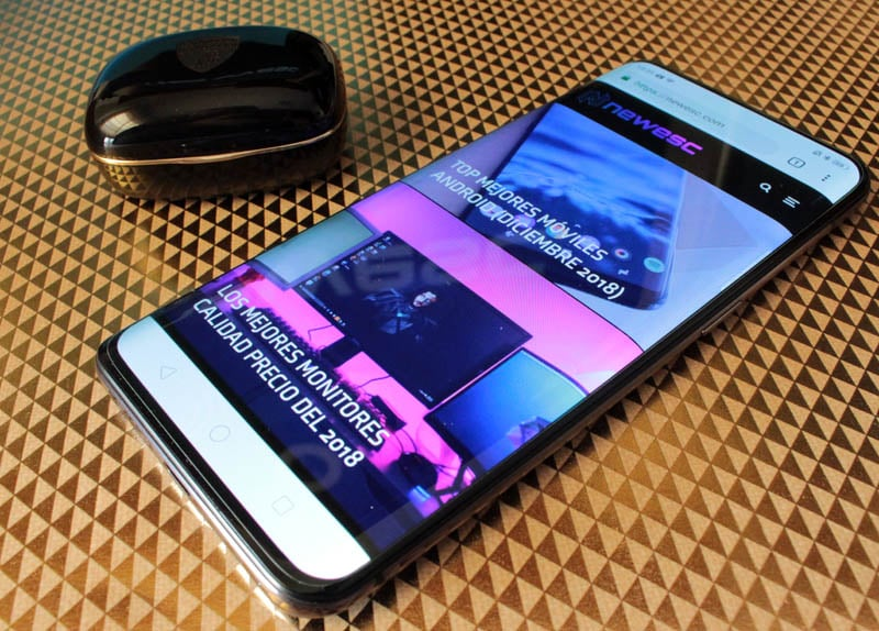 NewEsc Review Oppo Find X Lamborghini Edition movil y auriculares