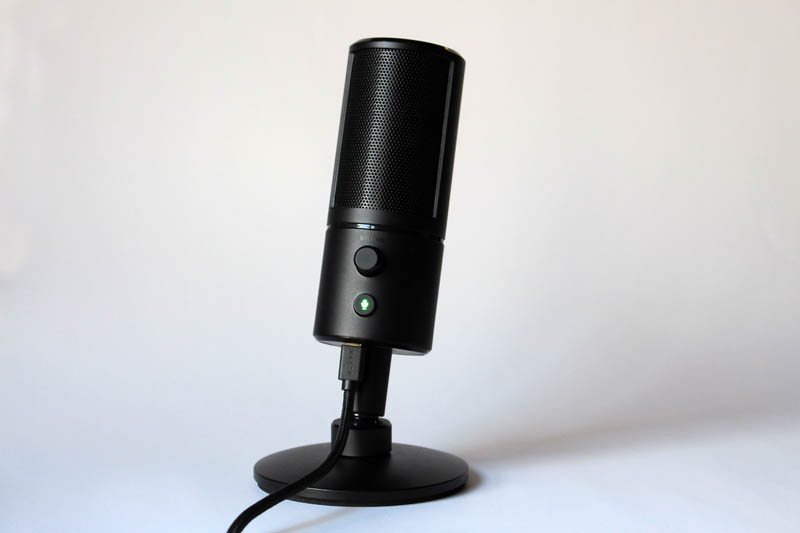 NewEsc Review Razer Broadcast Studio Razer Seiren X general