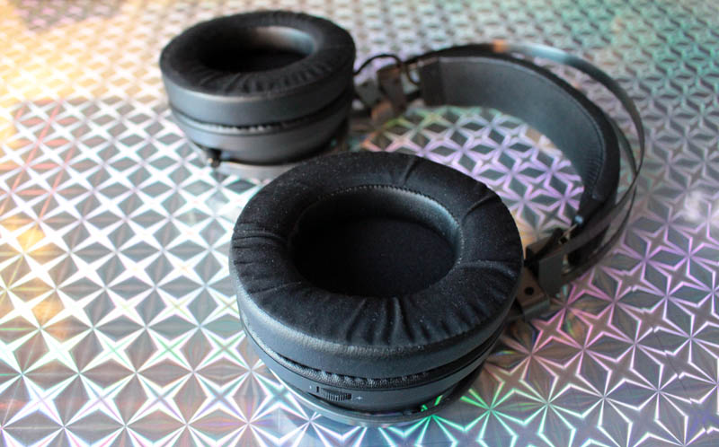 NewEsc Review Razer Nari Ultimate detalle esponja