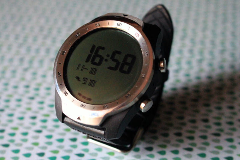 NewEsc Review TicWatch Pro modo básico