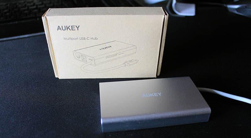 NewEsc Review hub AUKEY USB Tipo-C CB-C55 caja
