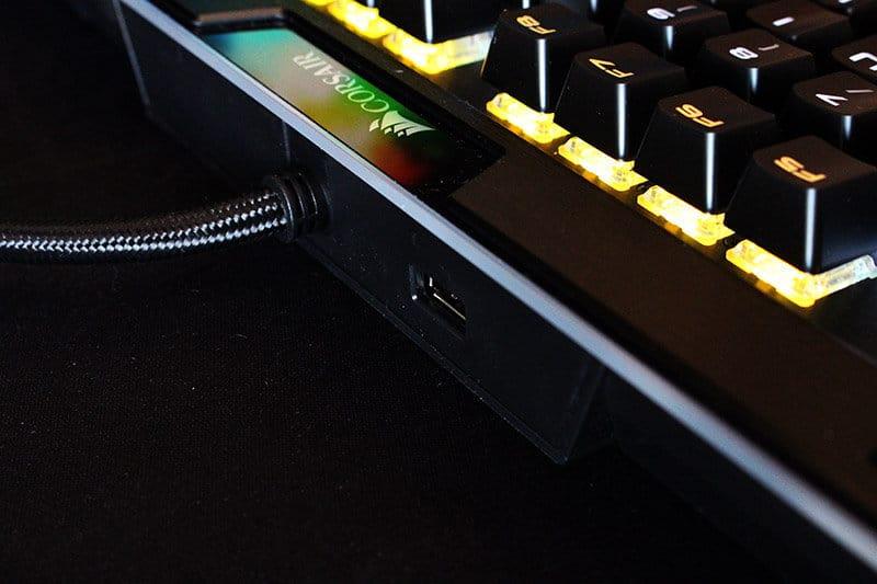 Puerto USB Corsair K95 RGB Platinum NewEsc