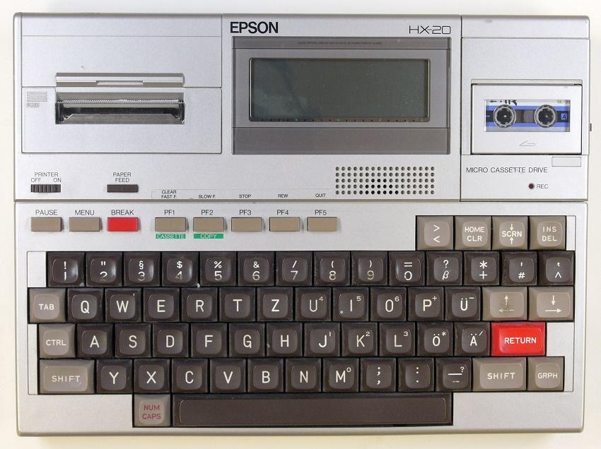 Quinta generaciones de ordenadores Epson HX20