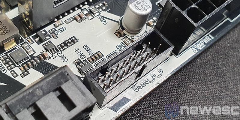 REVIEW ASROCK B460M PRO4 CONECTOR USB