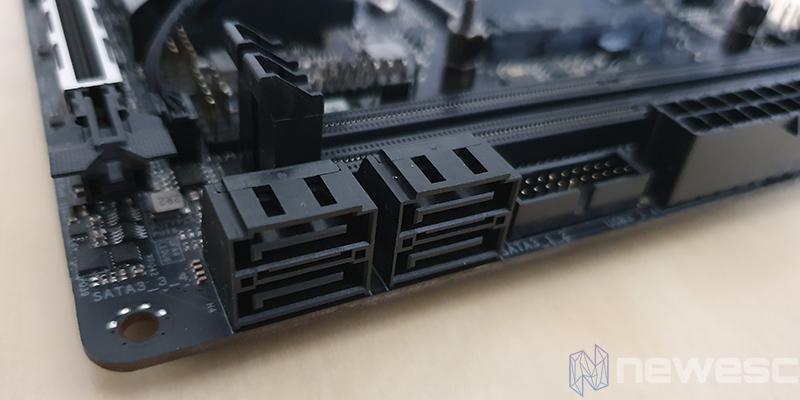 REVIEW ASROCK X570 PG ITX TB3 PUERTOS SATA