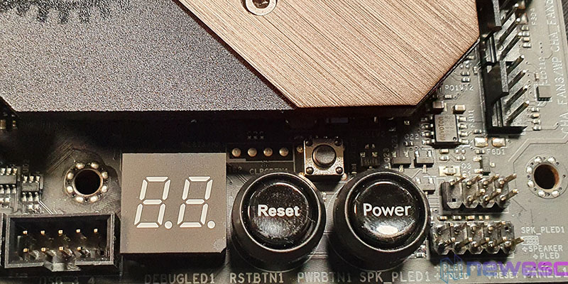 REVIEW ASROCK Z490 TAICHI BOTON Y DEBUG LED