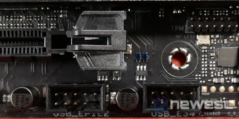 REVIEW ASUS ROG STRIX Z590E GW PUERTOS USB 2
