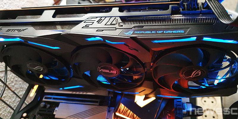 REVIEW ASUS RX 5700 XT STRIX ILUMINACION LED