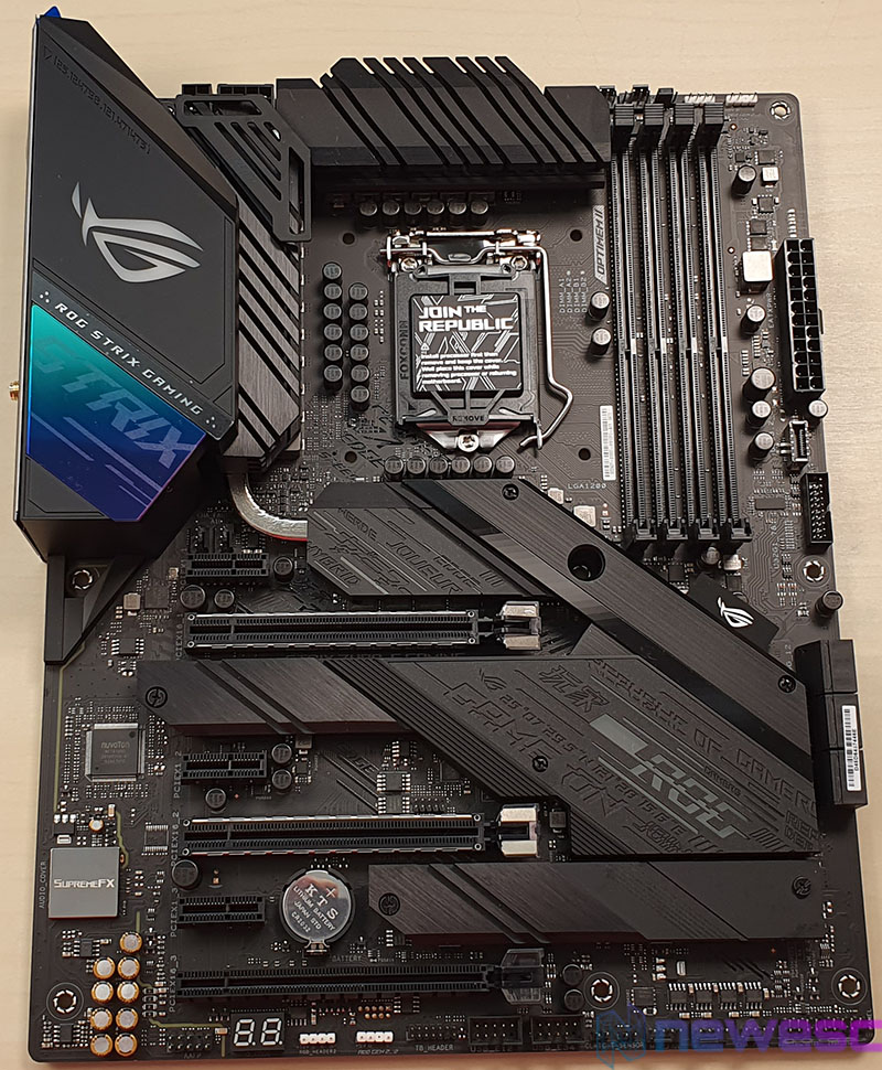 REVIEW ASUS STRIX Z490 E GAMING PLACA BASE