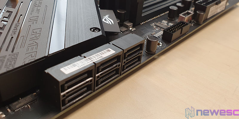 REVIEW ASUS STRIX Z490 E GAMING SATA Y USB