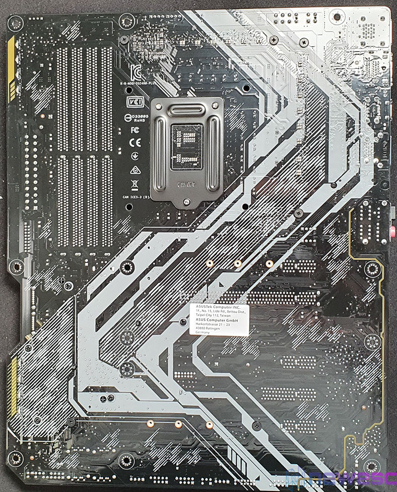 REVIEW ASUS TUF GAMING Z490 PLUS PCB DETRAS