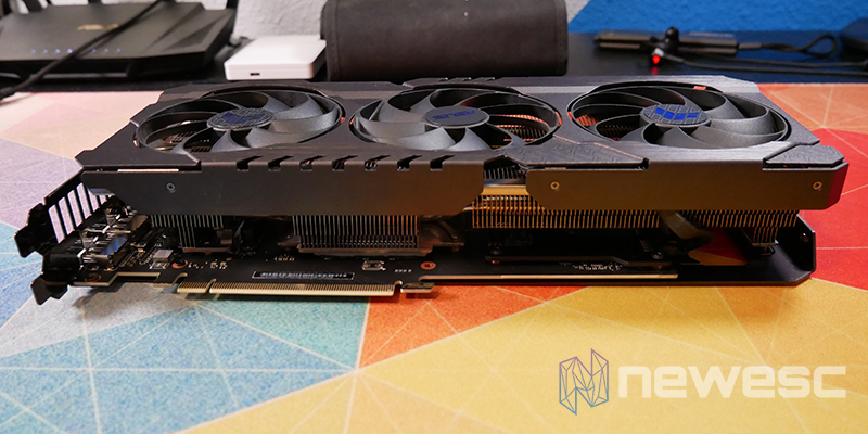 REVIEW ASUS TUF RTX 3060Ti OC LATERAL INTERNO