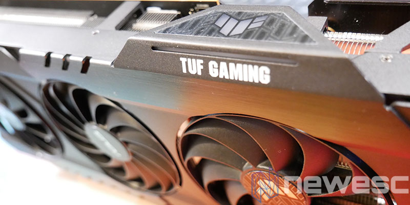 REVIEW ASUS TUF RX 6800 XT RGB LATERAL