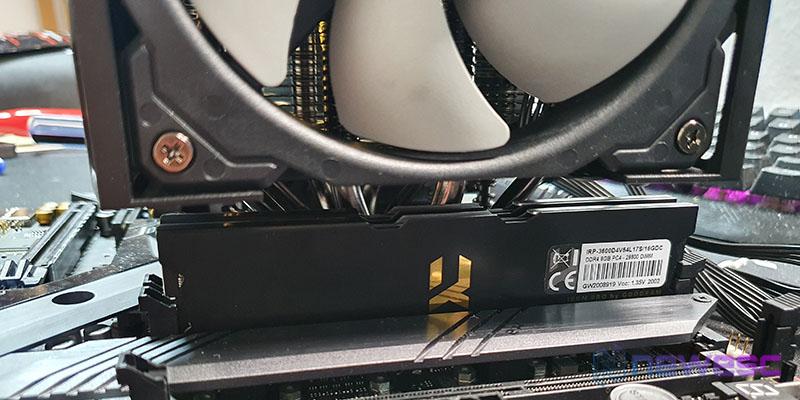 REVIEW CORSAIR A500 DISTANCIA RAM 1