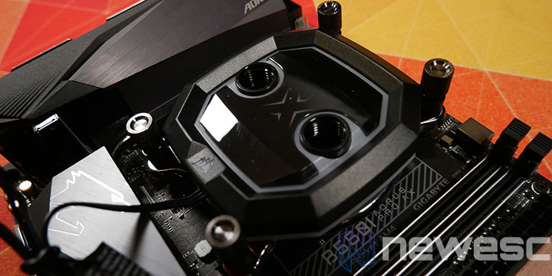 REVIEW CORSAIR XC5 BLOQUE INSTALADO