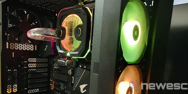 REVIEW CORSAIR XH303I RGB DENTRO DE LA TORRE