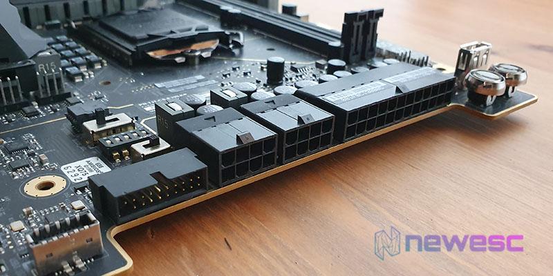 REVIEW EVGA Z390 DARK CONECTORES ATX
