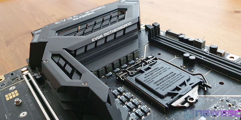 REVIEW EVGA Z390 DARK SOCKET Y DISIPADOR VRM