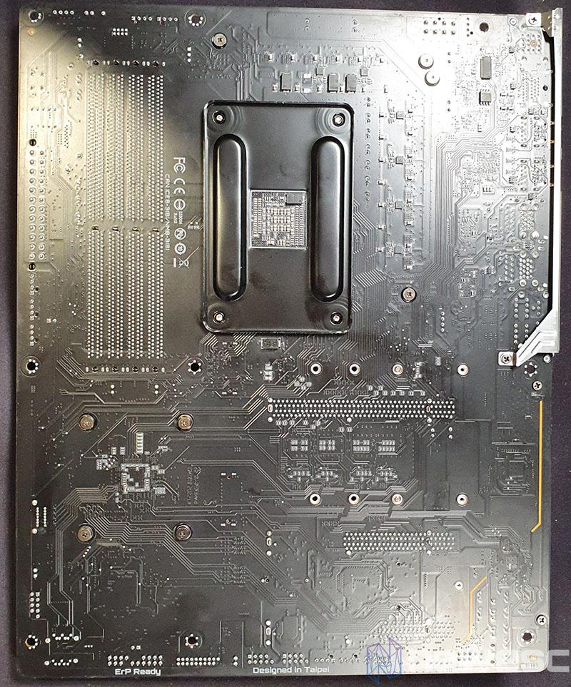 REVIEW GIGABYTE B550 VISION D PCB DETRAS