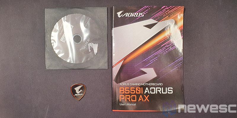 REVIEW GIGABYTE B550I AORUS PRO AX ACCESORIOS 1