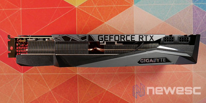 REVIEW GIGABYTE RTX 3080Ti GAMING OC LATERAL EXTERNO