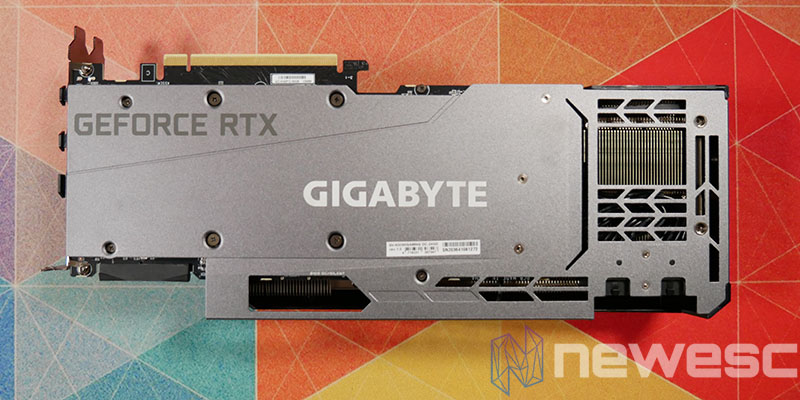 REVIEW GIGABYTE RTX 3090 GAMING OC BACKPLATE