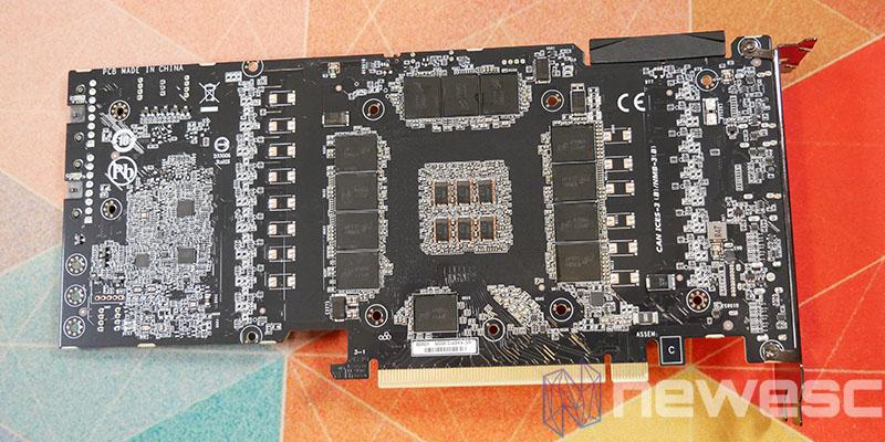 REVIEW GIGABYTE RTX 3090 GAMING OC PCB DETRAS