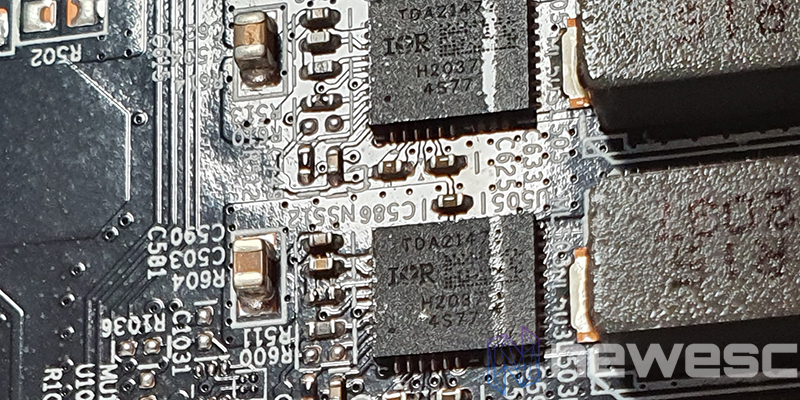 REVIEW GIGABYTE RX 6800 XT GAMING OC MOSFETS
