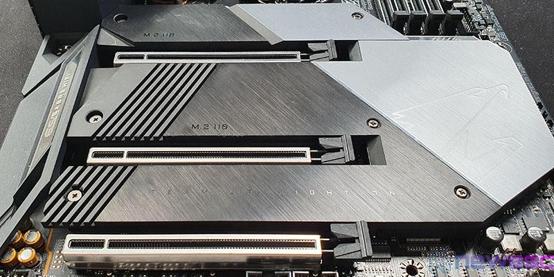 REVIEW GIGABYTE Z490 AORUS MASTER PUERTOS PCIE
