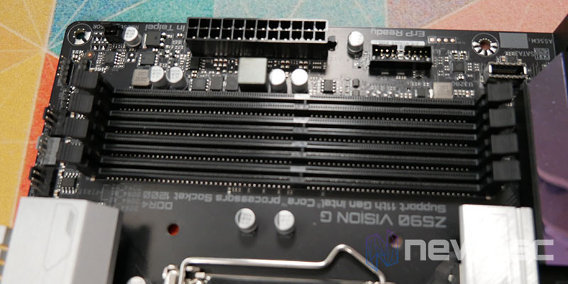 REVIEW GIGABYTE Z590 VISION G PUERTOS DIMM