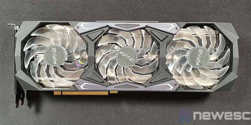 REVIEW KFA2 RTX 3070 SG FRONTAL