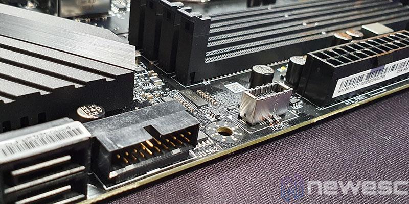 REVIEW MSI MEG Z490 UNIFY PUERTOS USB